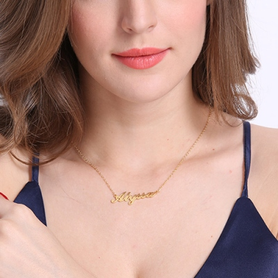 Personalized 18K Gold Plated Enchanting Carrie Name Necklace