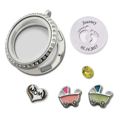 Gorgeous Engraved for Mom Baby Feet Floating Charm Circle Locket