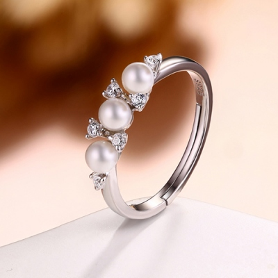Trendy Women's Pearls Ring Size Adjustable 6-9