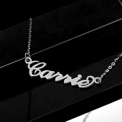 Graceful Solid White Gold Personalized Carrie Name Necklace