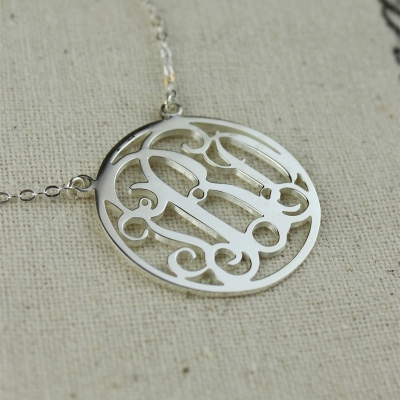Breathtaking Circle Solid White Gold Initial Monogram Name Necklace