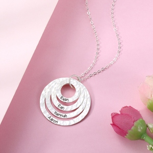 layer circle necklace